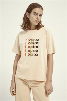 boxy fit short sleeve tee with grap